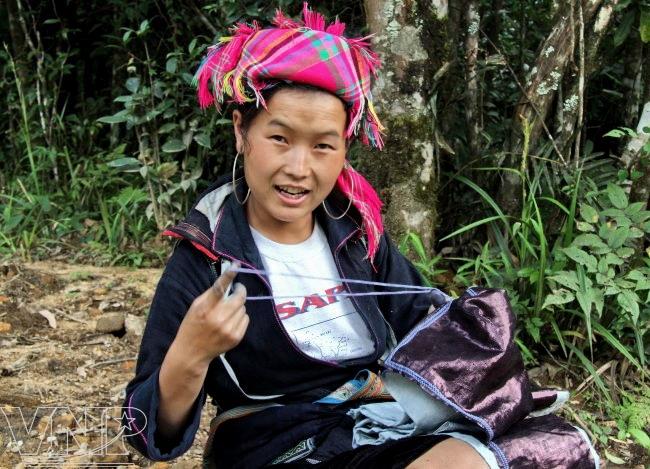 Cô gái Lào ở Lai Châu