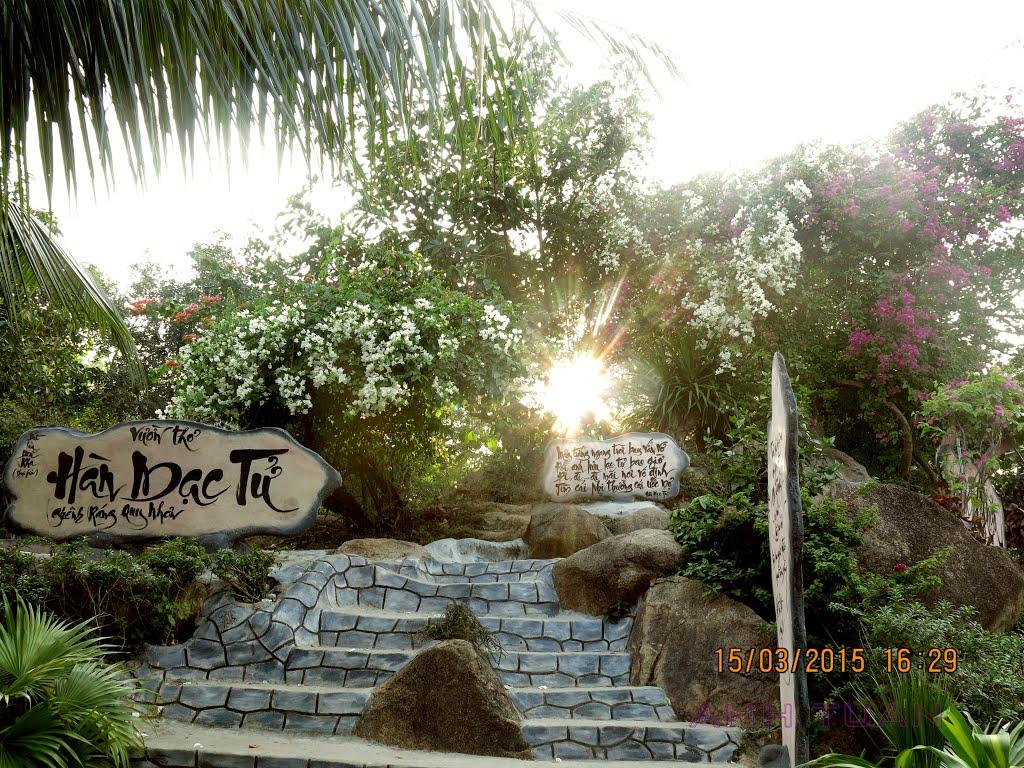 Vườn thơ Hàn Mạc Tử